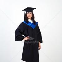 Академические мантии с синим воротом для выпускников